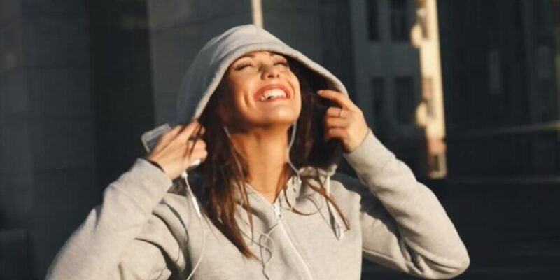 Avail Fashion Zippered Hoodies in This Winter